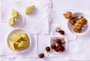 Orangen-Safran-Plätzchen, Dattel-Marzipankonfekt, Passionsfrucht-Haferplätzchen